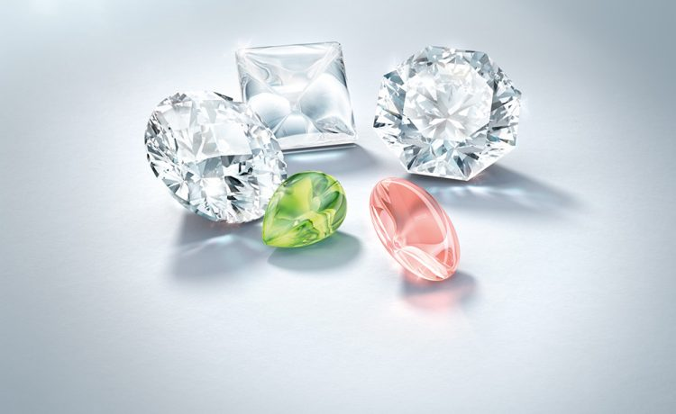 Swarovski Gemstones™ Launches Stunning Innovations for 2018/19