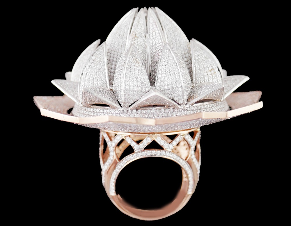 IGI Certified Lotus Temple Ring Enters the Guinness World Record